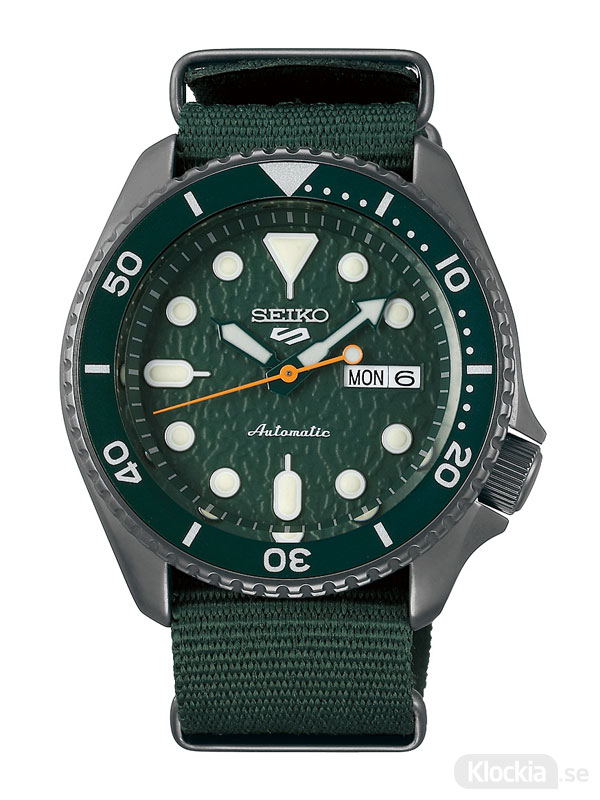 Herrklocka SEIKO 5 Sports Automatic 43mm SRPD77K1