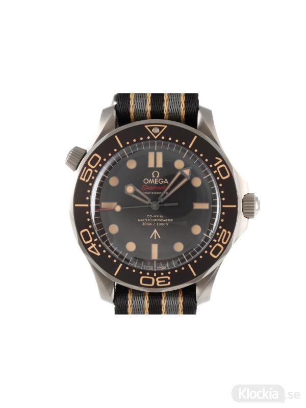 Begagnad Omega Seamaster Titanium 007 Edition Co-Axial Master Chronometer Limited Edition