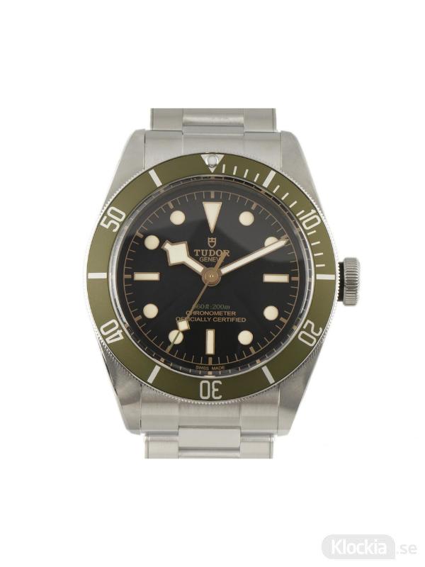 Begagnad Tudor Heritage Black Bay 41 Harrods Special Edition Chronometer 79230G