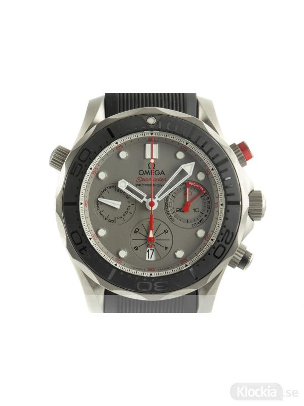 Begagnad Omega Seamaster Diver Ceramic/Titanium 44 Regatta Chronograph ETZN Edition
