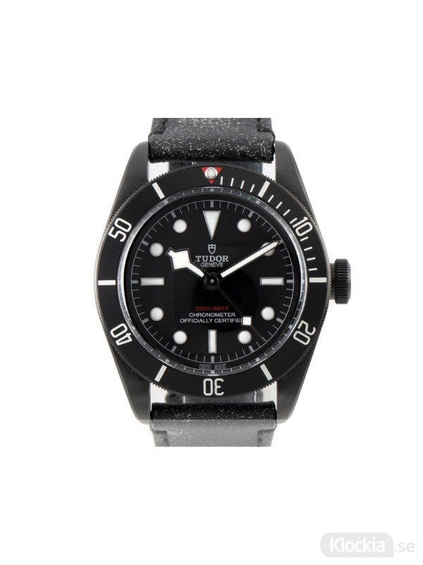 Begagnad Tudor Black Bay Dark 41 Chronometer M79230DK-0007