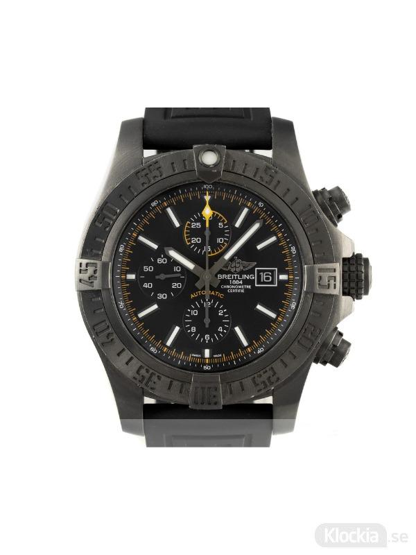 Begagnad Breitling Super Avenger II Blacksteel Chronometer Chronograph Limited Edition